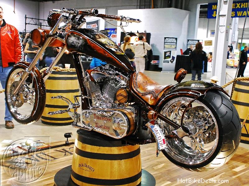 Various bikes from the 2010 World of Wheels that was held in Rosemont, Illinois.  Lighting wasn't the best, but the pictures are worth seeing.