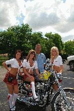 Tilted Kilt Bike Show 07-18-09