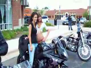 Dee posing with a female biker TOO HOT! from:DotComd